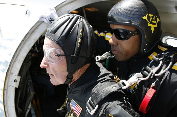 Pres Bush prior to skydiving 2009